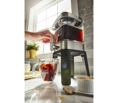 KitchenAid 38 oz Cold Brew Coffee Maker3